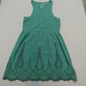 Tobi scalloped Skater Dress sz Small